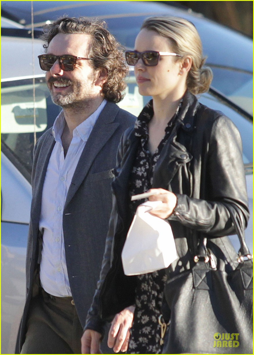 rachel mcadams michael sheen likes his mustache 042755721