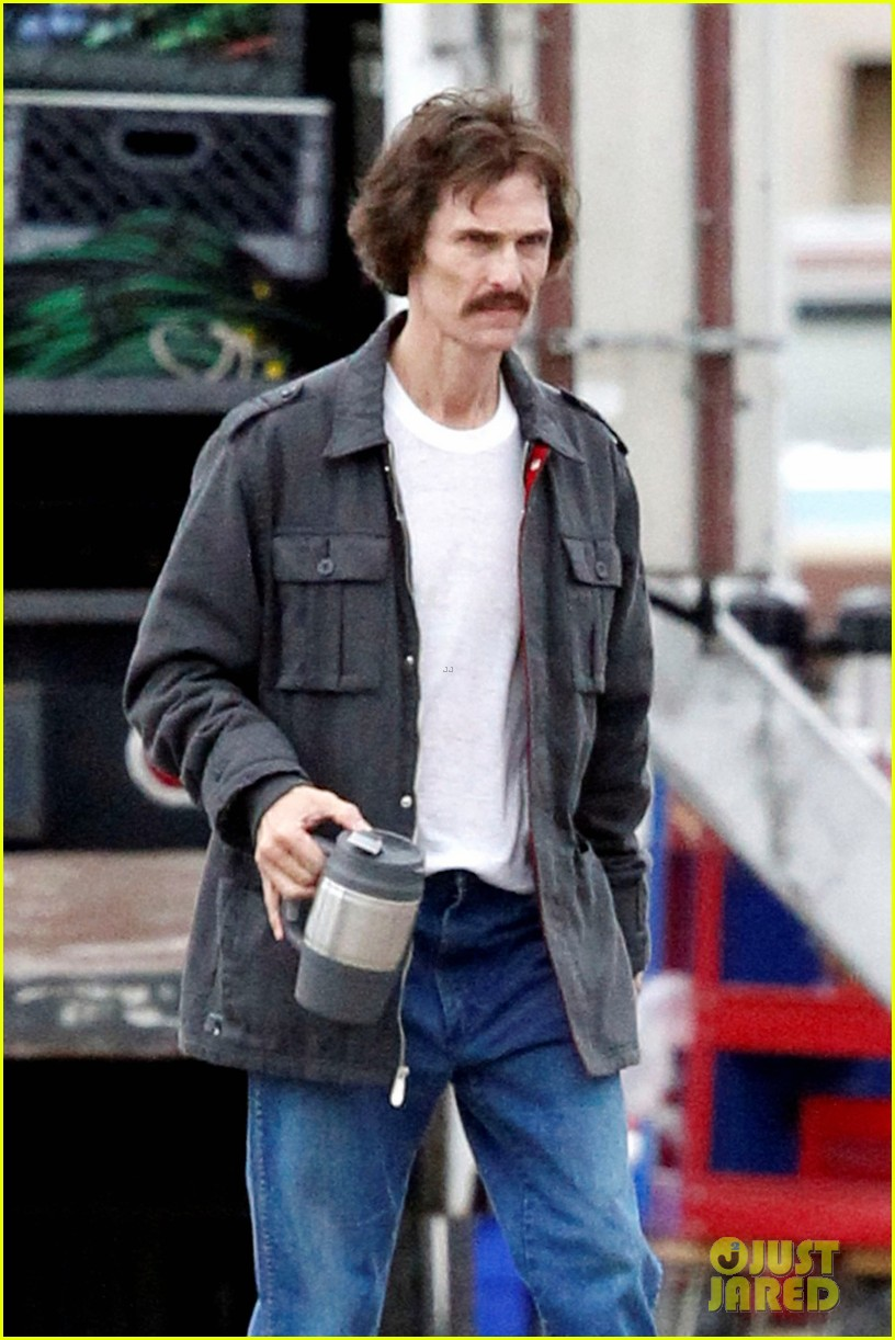 Matthew McConaughey Bloody Mustache On Set Photo 2756681