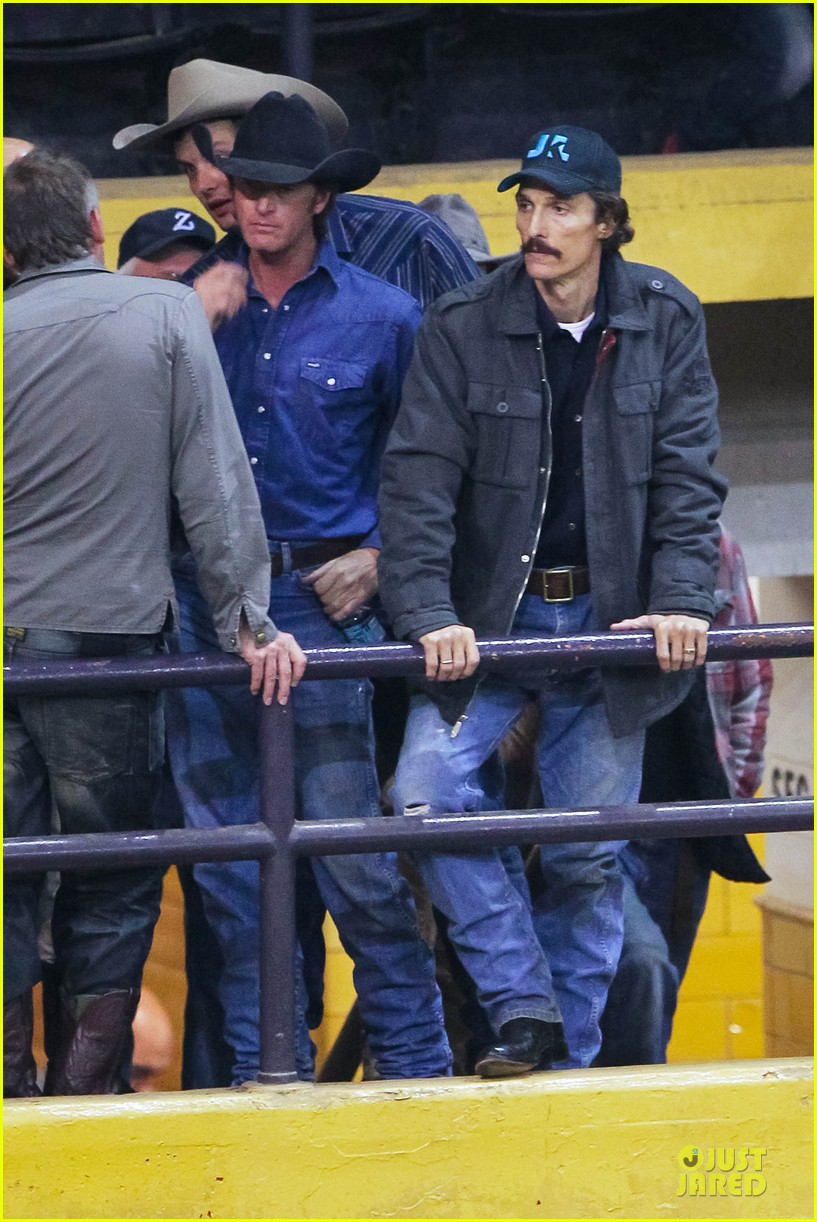 matthew mcconaughey wants a cheeseburger after dallas buyers club wraps 012759616