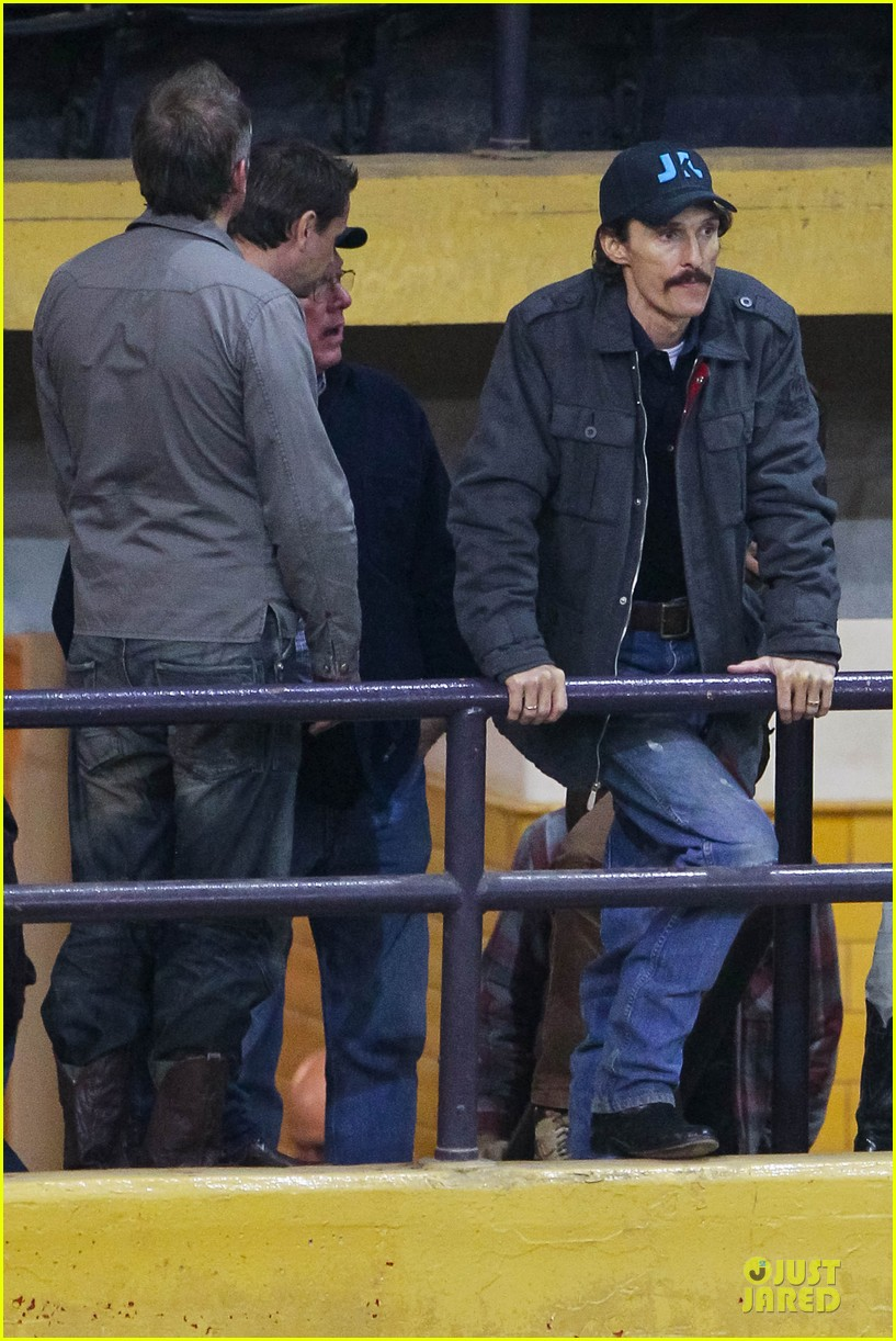 matthew mcconaughey wants a cheeseburger after dallas buyers club wraps 072759622