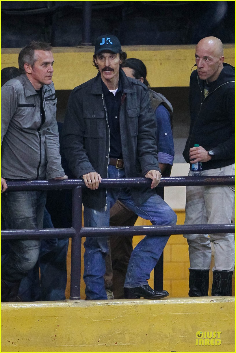 matthew mcconaughey wants a cheeseburger after dallas buyers club wraps 092759624