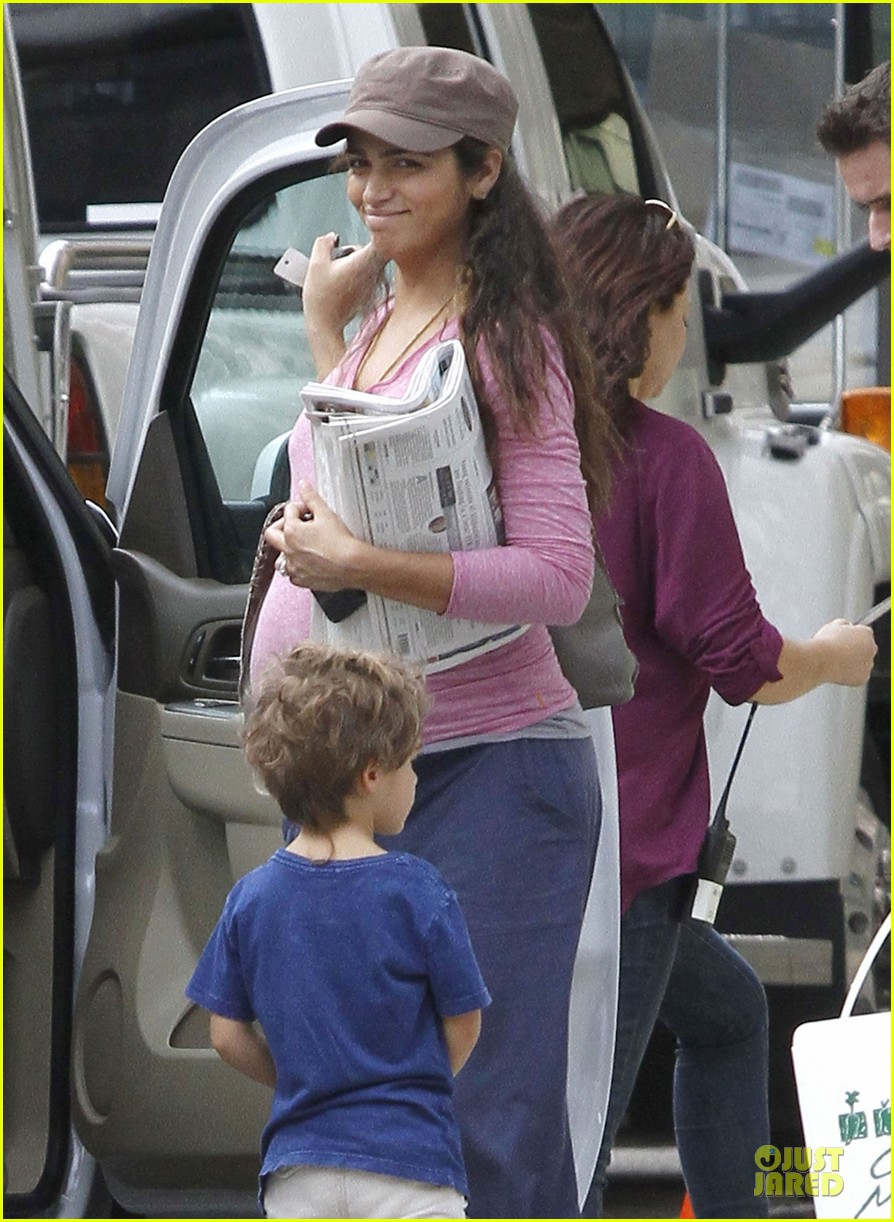 matthew mcconaughey camila alves dallas buyers club set visit 17
