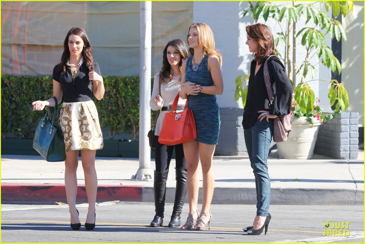 annalynne mccord 90210 set with shenae grimes & jessica stroup 082756808