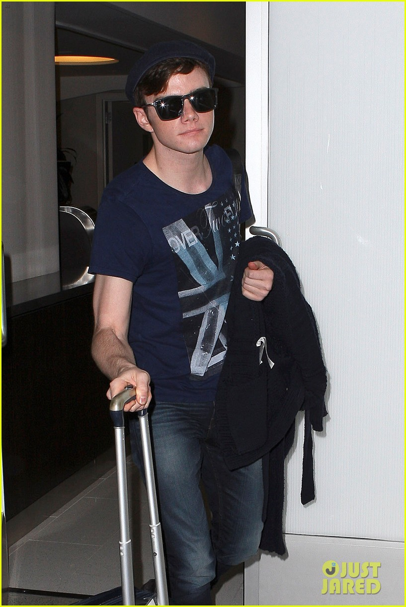 lea michele chris colfer jet to nyc for glee filming 042759756
