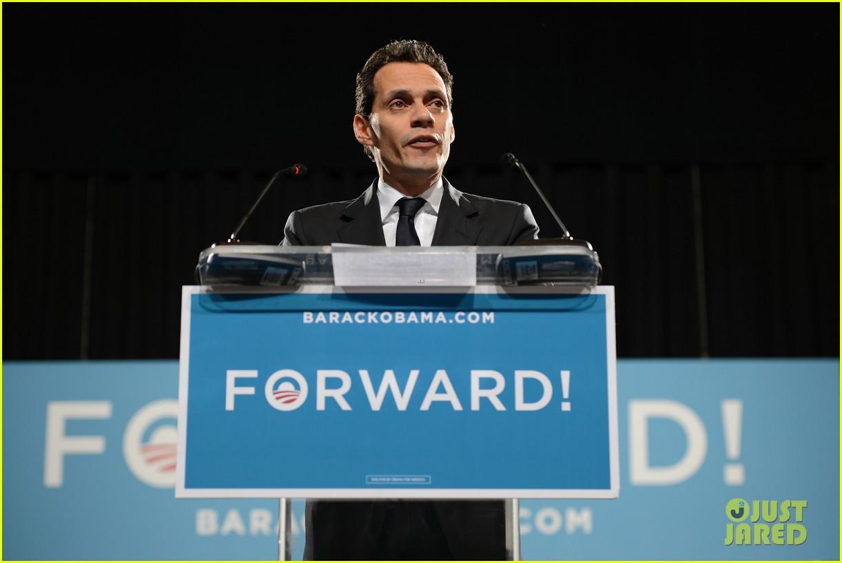 eva longoria michelle obama campaign for barack obama 092750183