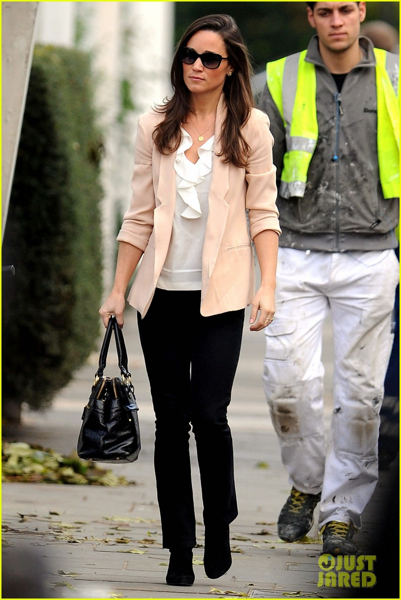 pippa middleton book poor first week sales 03