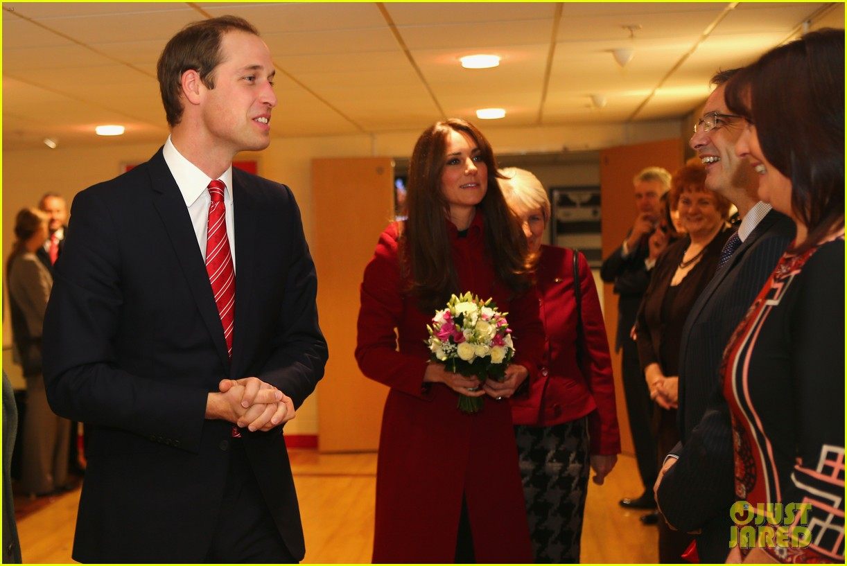 kate middleton prince william rugby match in wales 032763335