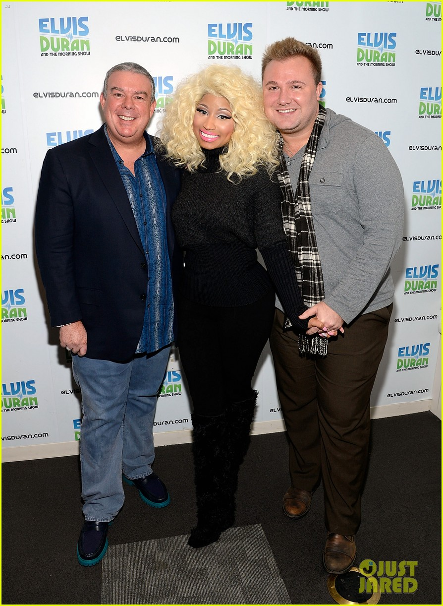 nicki minaj shut out of own album release party 032762409