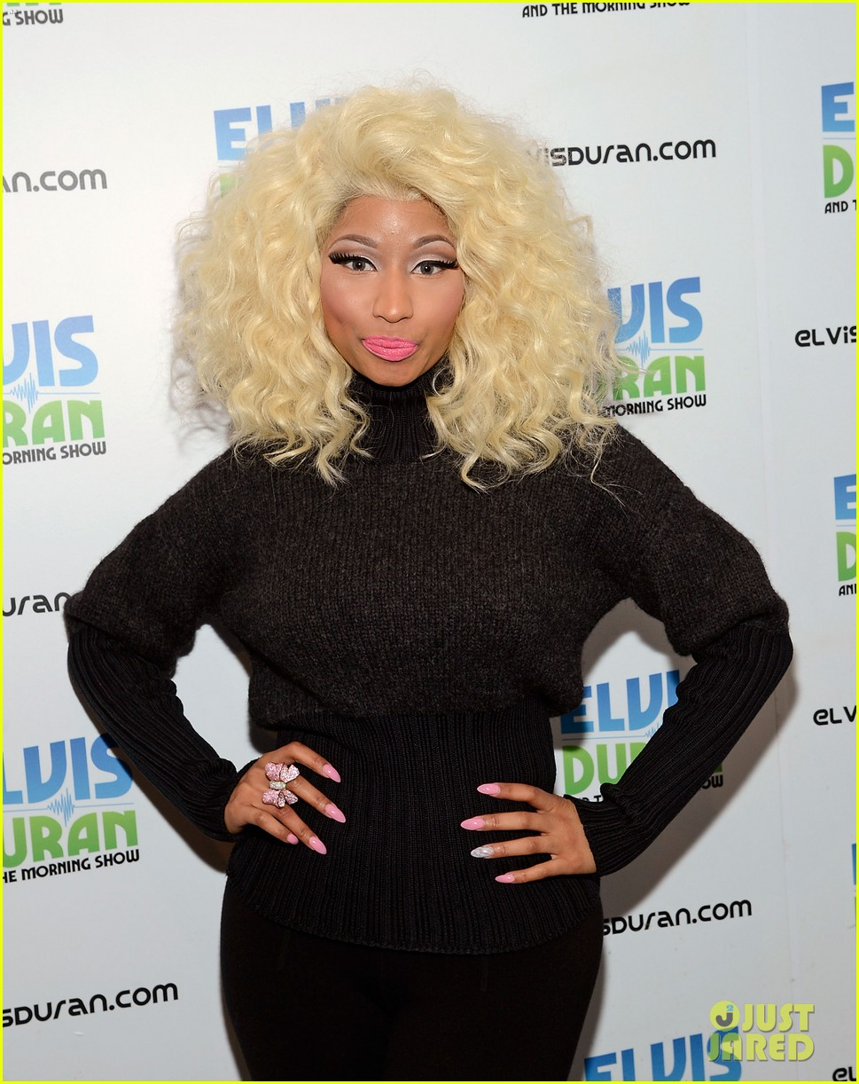 nicki minaj shut out of own album release party 132762419