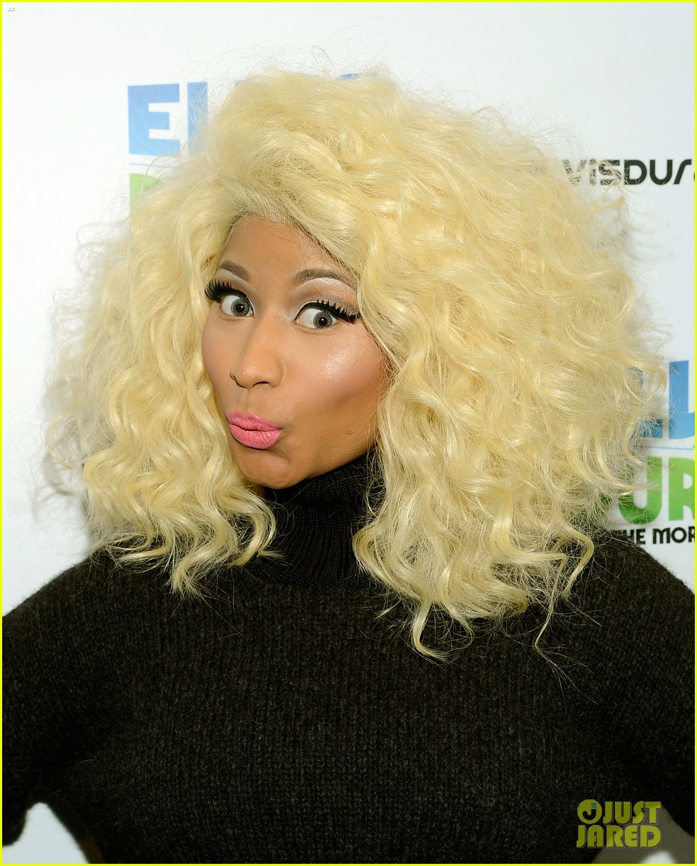 nicki minaj shut out of own album release party 152762421