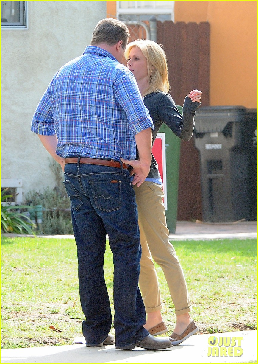 modern family filming scenes 08