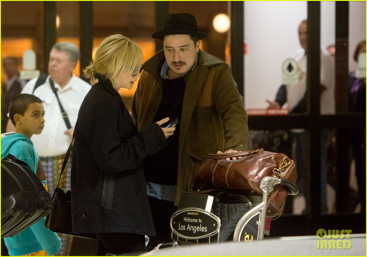 carey mulligan marcus mumford land in los angeles 06