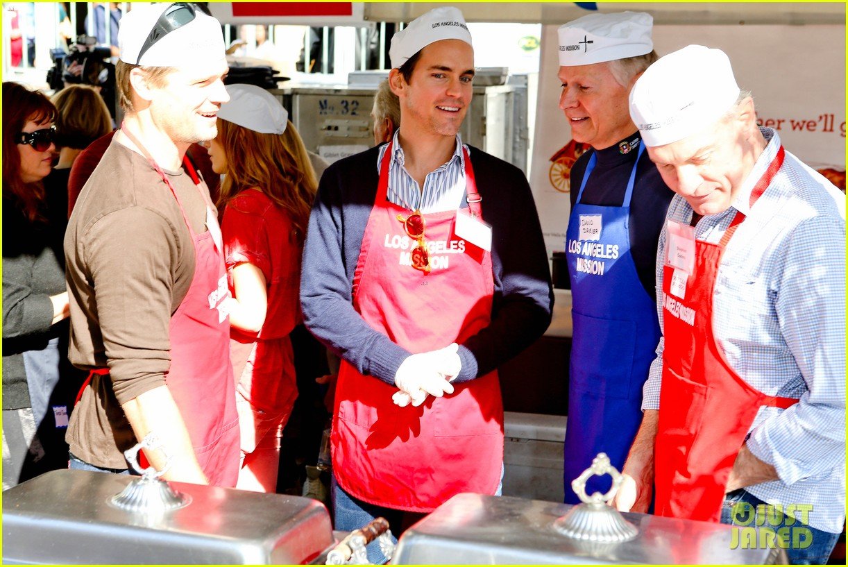matt bomer neil patrick harris thanksgiving mission help 132762209