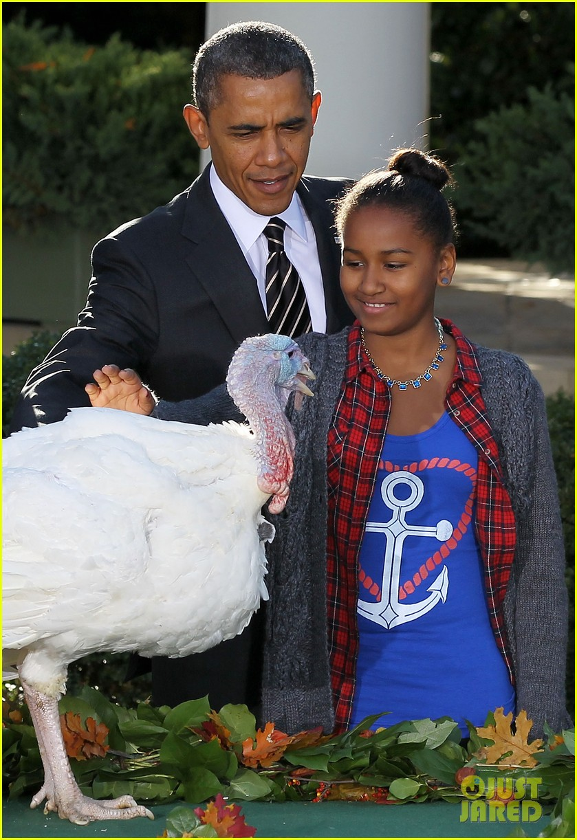 president obama kids pardon thanksgiving turkey 012762109