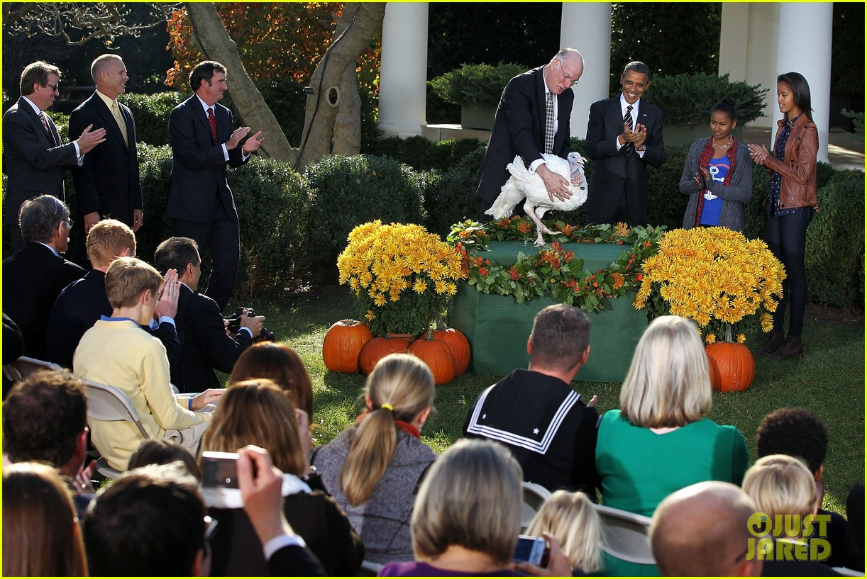 president obama kids pardon thanksgiving turkey 062762114