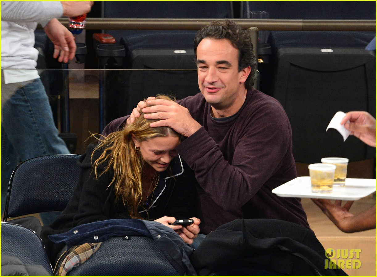 mary kate olsen knicks game with olivier sarkozy kids 012755135