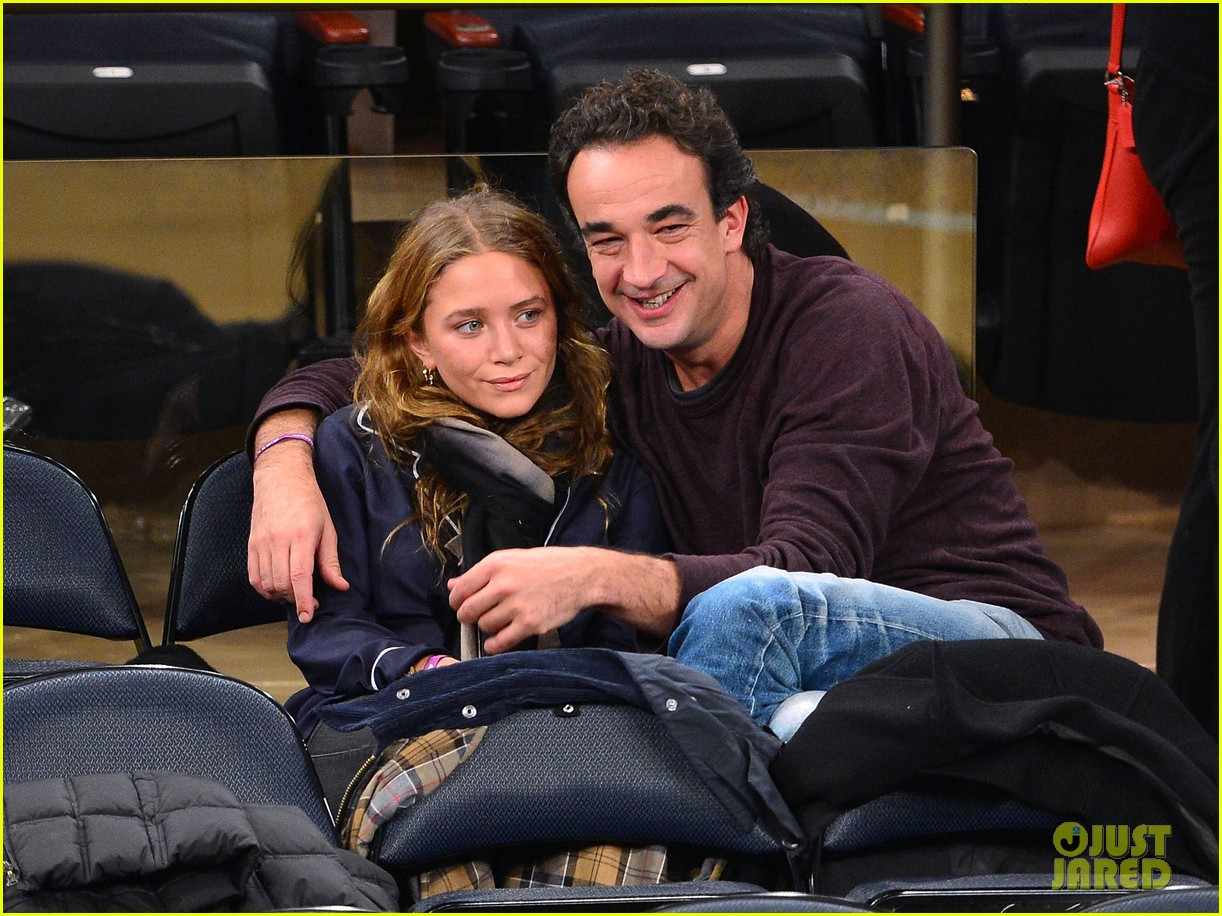 mary kate olsen knicks game with olivier sarkozy kids 05