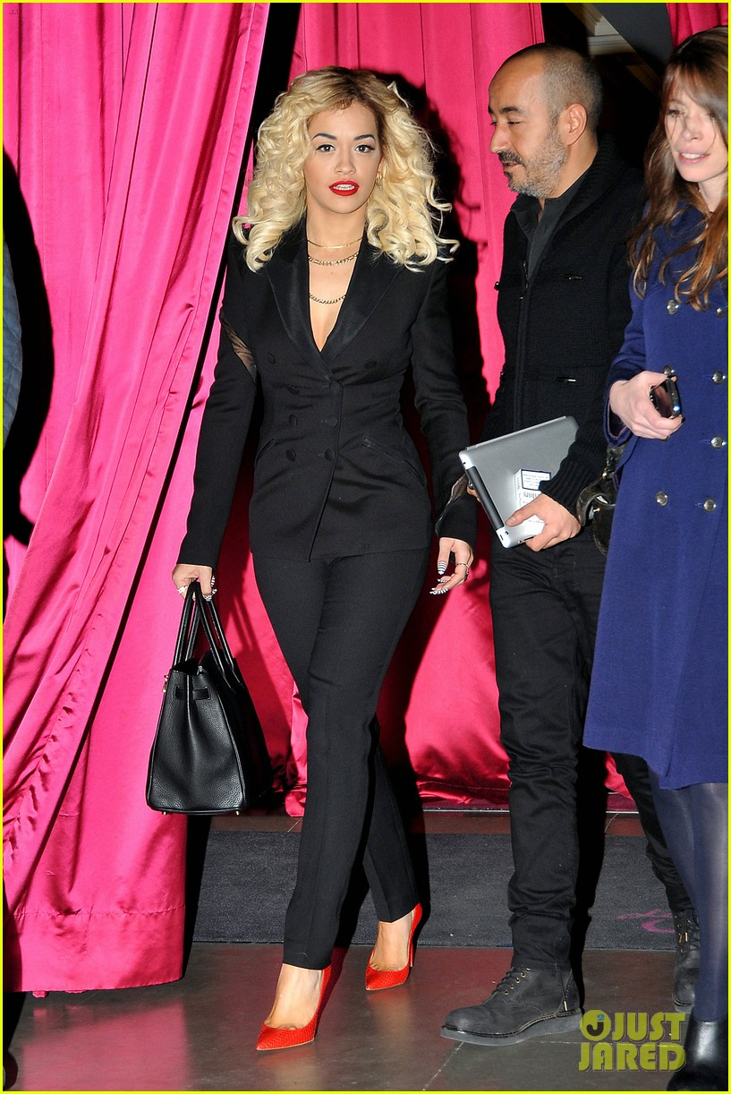 rita ora vip room paris showcase 012758810