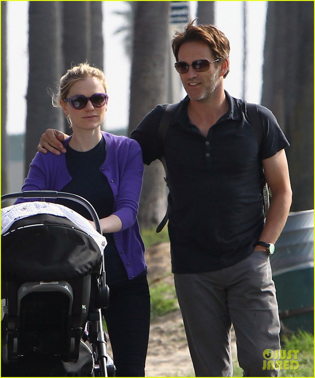 anna paquin stephen moyer park stroll with the twins 082752794