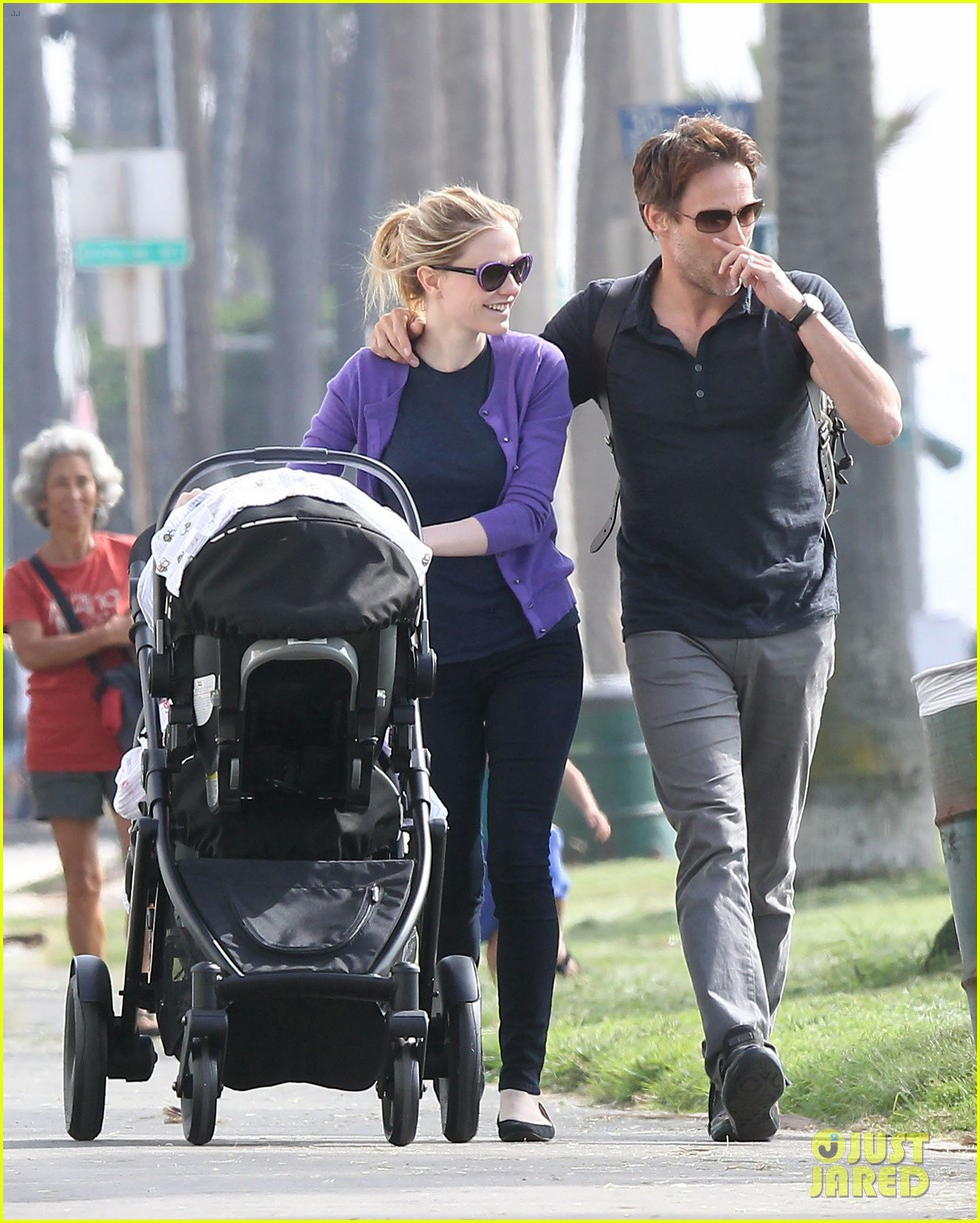 anna paquin stephen moyer park stroll with the twins 122752798