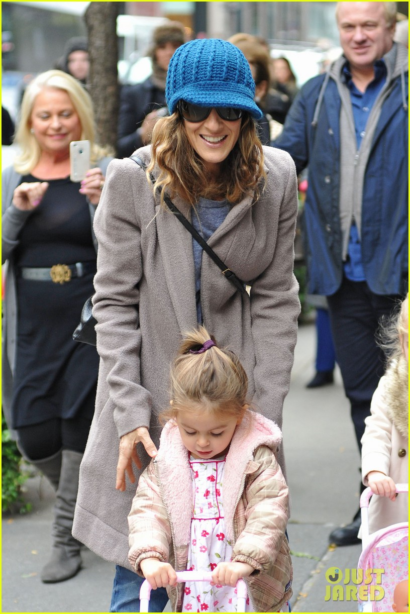 sarah jessica parker matthew broderick lunch with twins 022750844