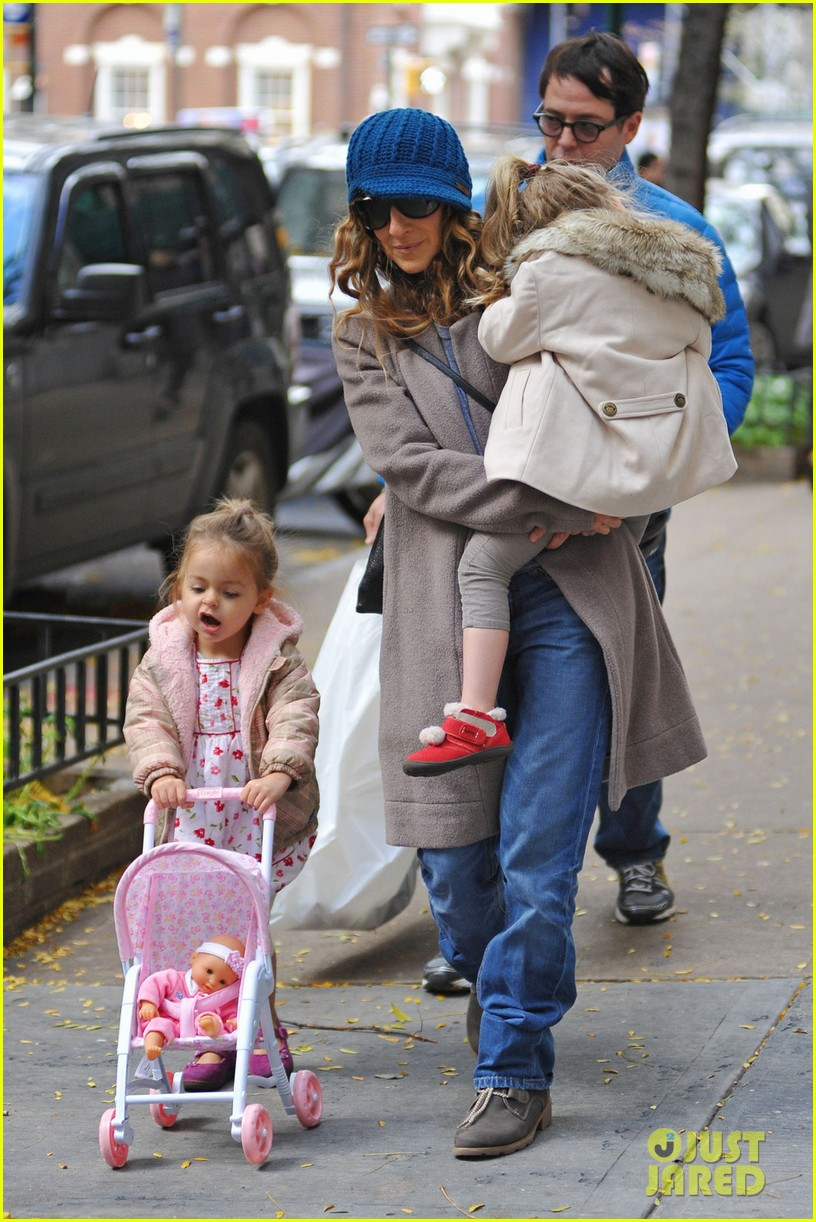 sarah jessica parker matthew broderick lunch with twins 042750846