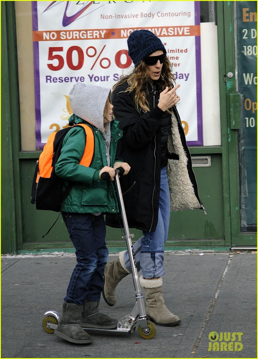 sarah jessica parker matthew broderick school stroll with kids 112764437