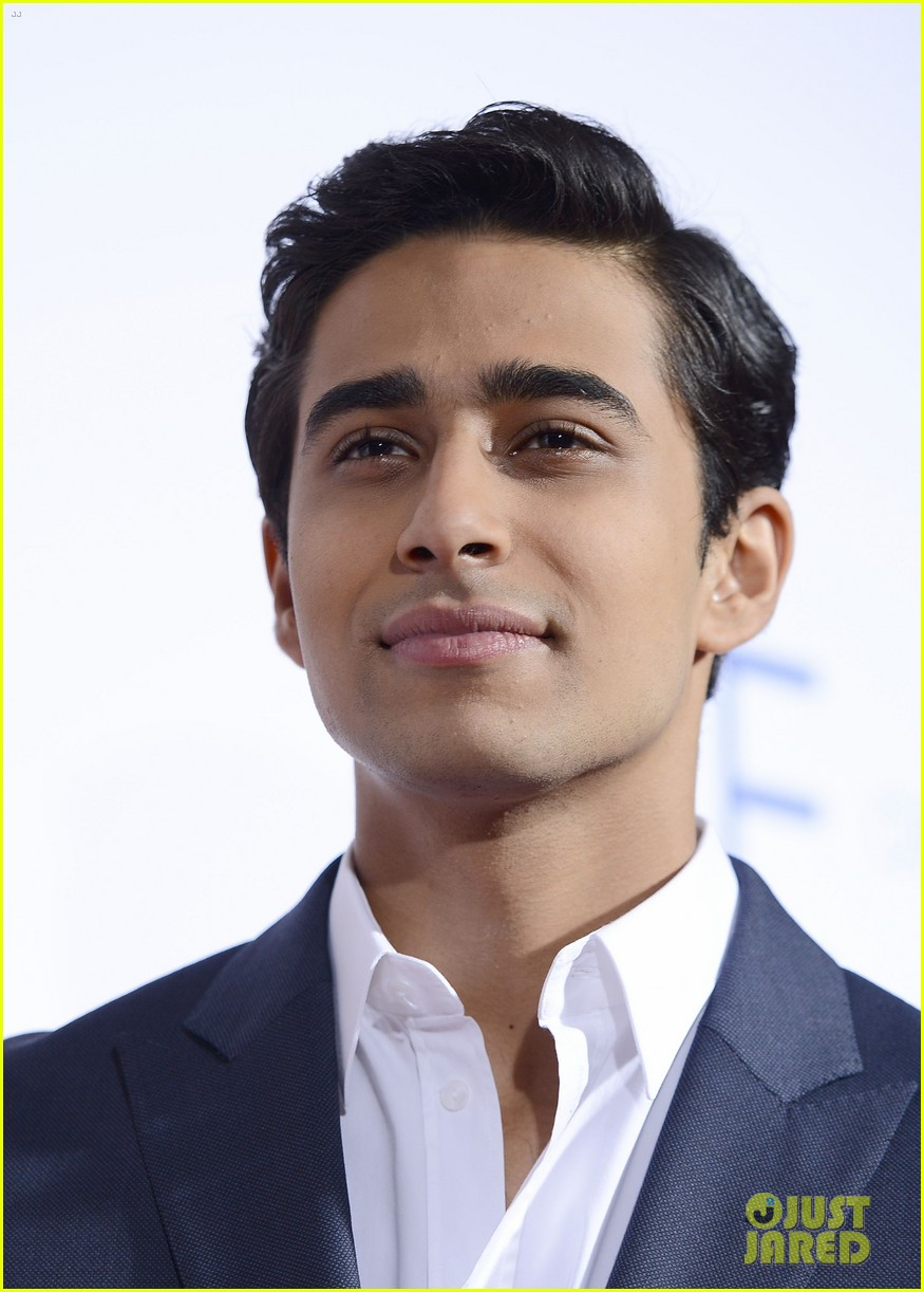 Suraj Sharma 2020: dating, net worth, tattoos, smoking ...