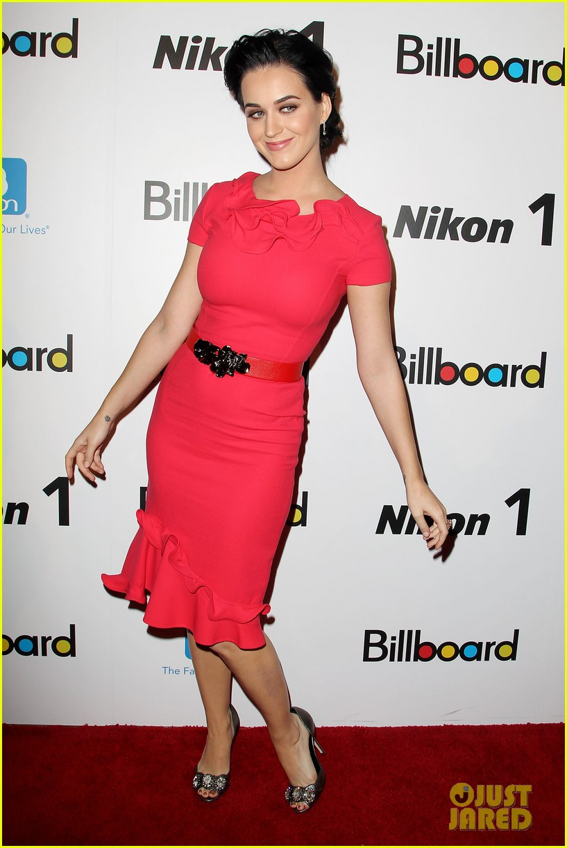 katy perry carly rae jepsen billboard women in music luncheon 01