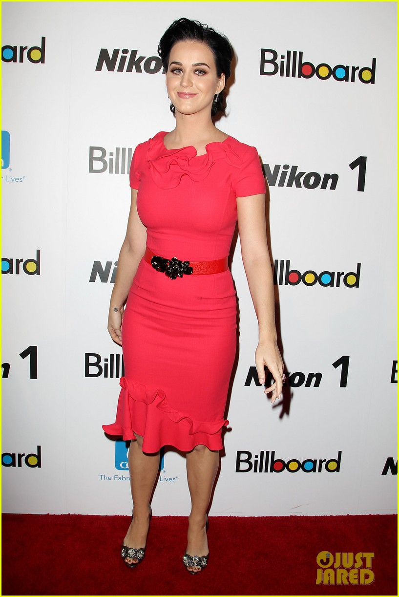 katy perry carly rae jepsen billboard women in music luncheon 17
