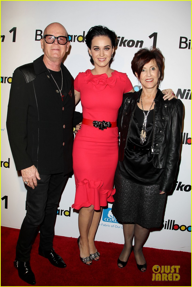 katy perry carly rae jepsen billboard women in music luncheon 21
