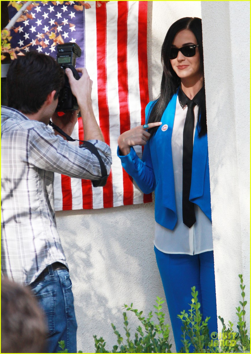 katy perry excited to exercise my civic duty 032752189