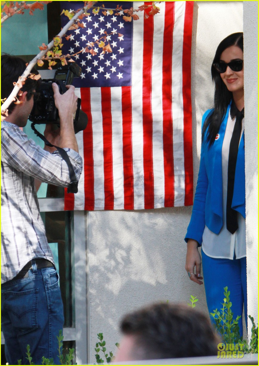 katy perry excited to exercise my civic duty 062752192
