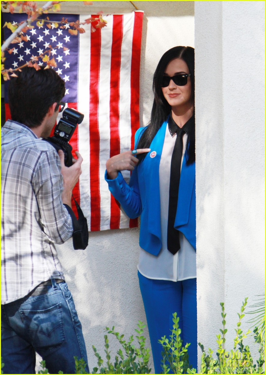 katy perry excited to exercise my civic duty 092752195