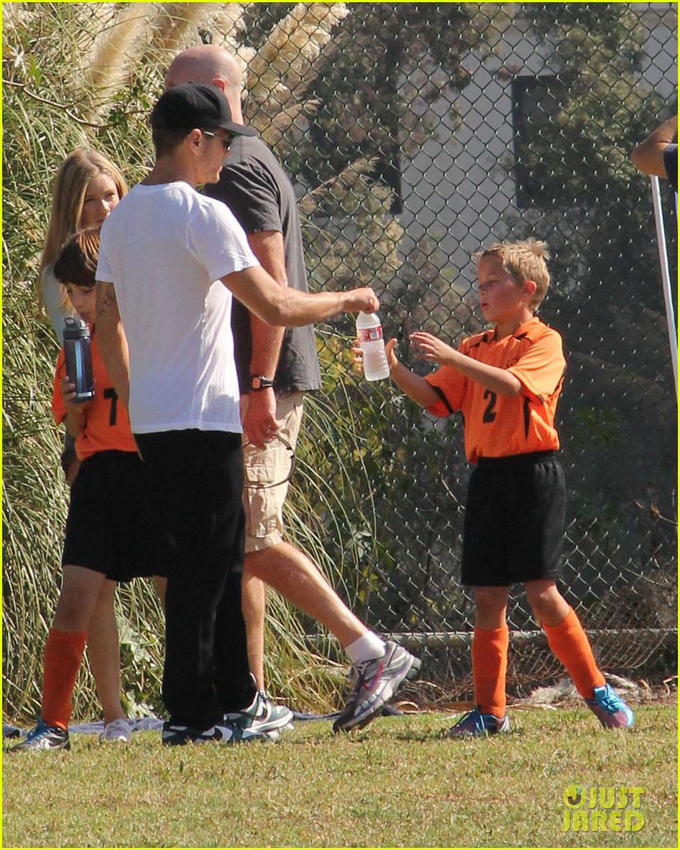 ryan phillippe deacons soccer game with paulina slagter 062750490