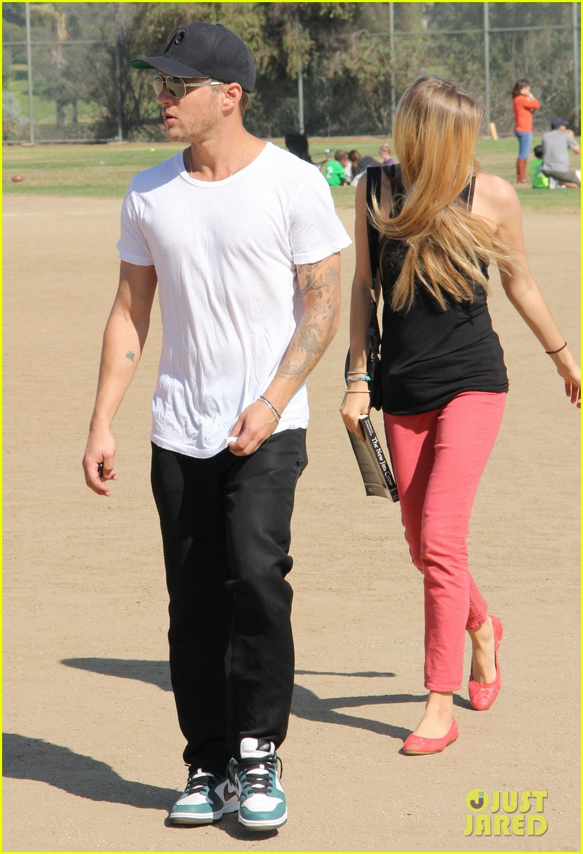 ryan phillippe deacons soccer game with paulina slagter 122750496