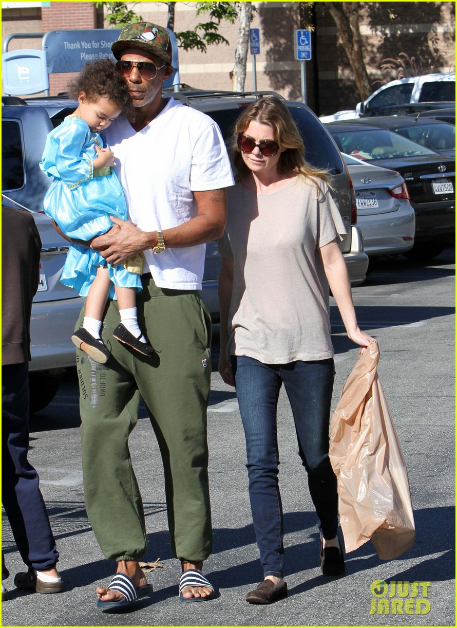ellen pompeo chris ivery toys r us shopping with stella 062763543