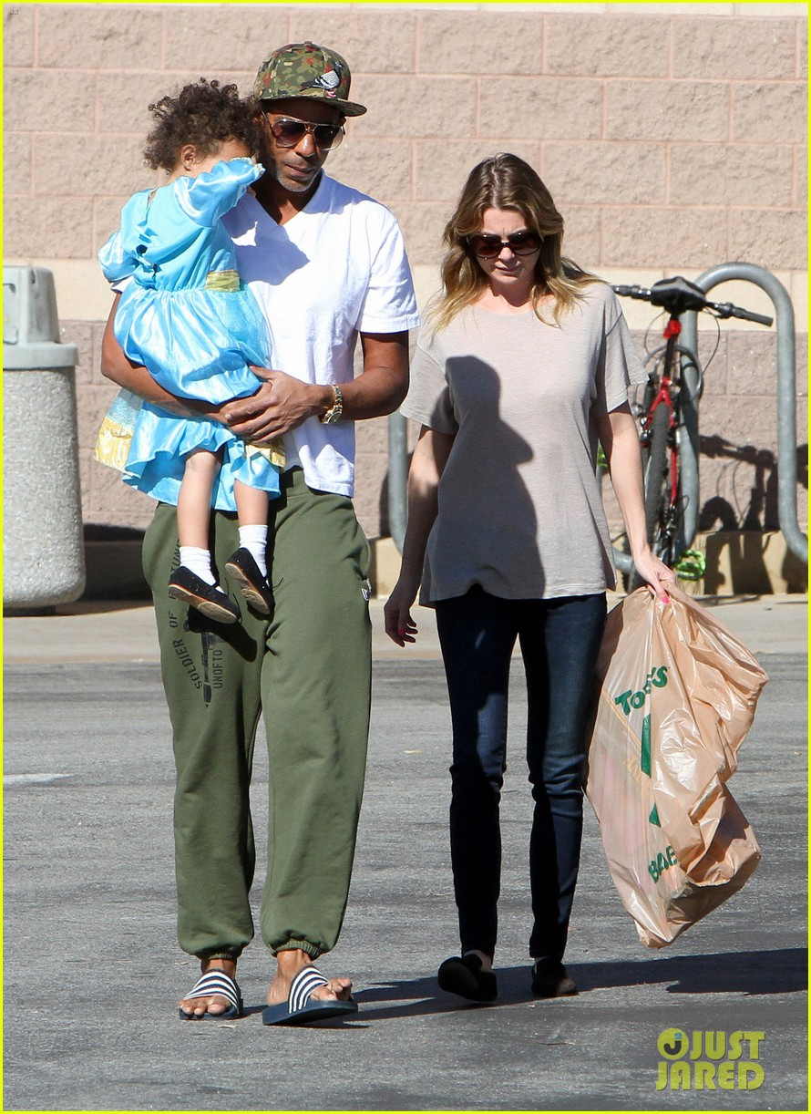 ellen pompeo chris ivery toys r us shopping with stella 07