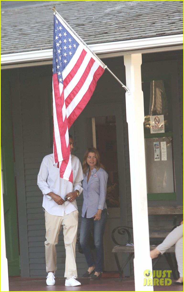 ellen pompeo election day voting with chris ivery 042752145