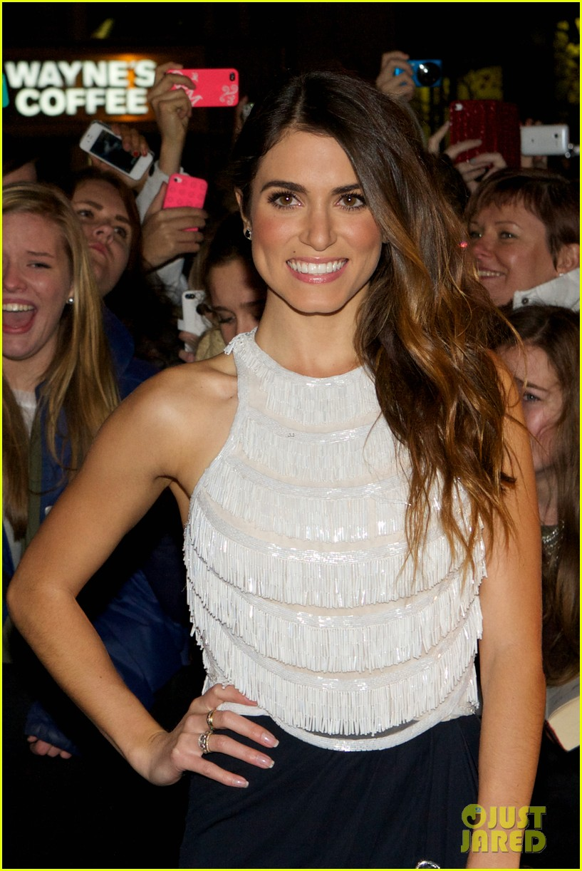 nikki reed jackson rathbone breaking dawn norway premiere 022758609