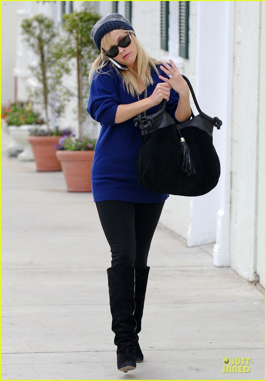 reese witherspoon favorite comedic actress nominee 052759180