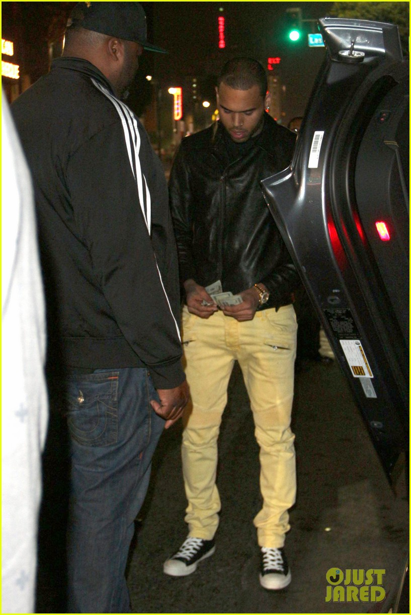 chris brown gaining respect back is humbling experience 032749656