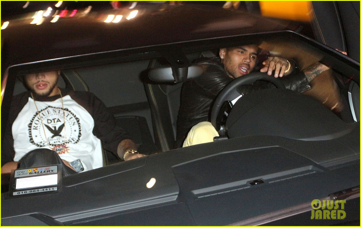 chris brown gaining respect back is humbling experience 042749657