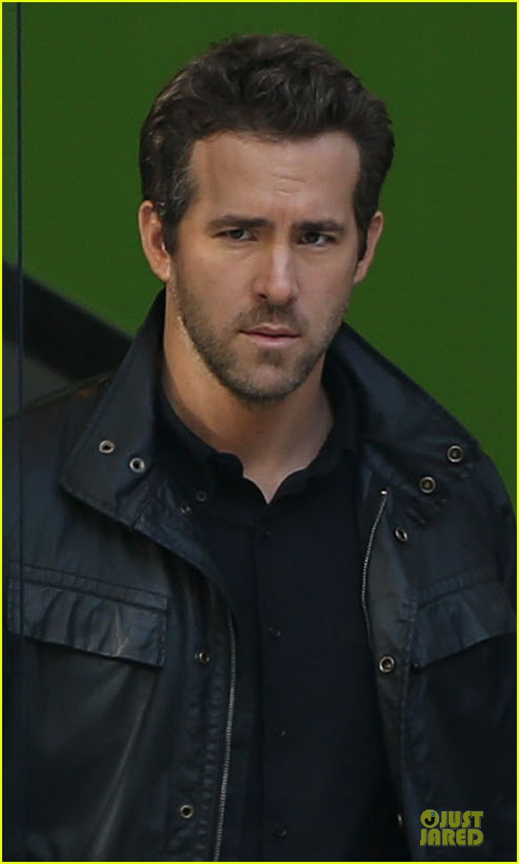 ryan reynolds ripd reshoots with mary louise parker 022763807