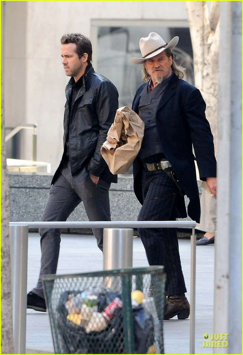 ryan reynolds ripd reshoots with mary louise parker 032763808