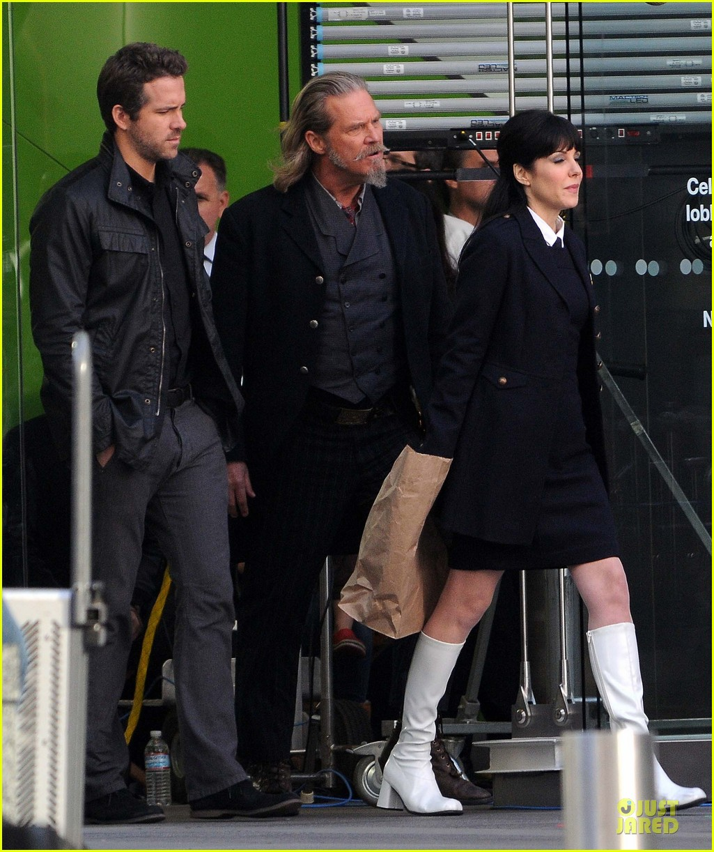 ryan reynolds ripd reshoots with mary louise parker 172763822