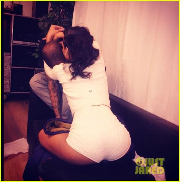 rihanna hugs chris brown in new instagram pic 022766486
