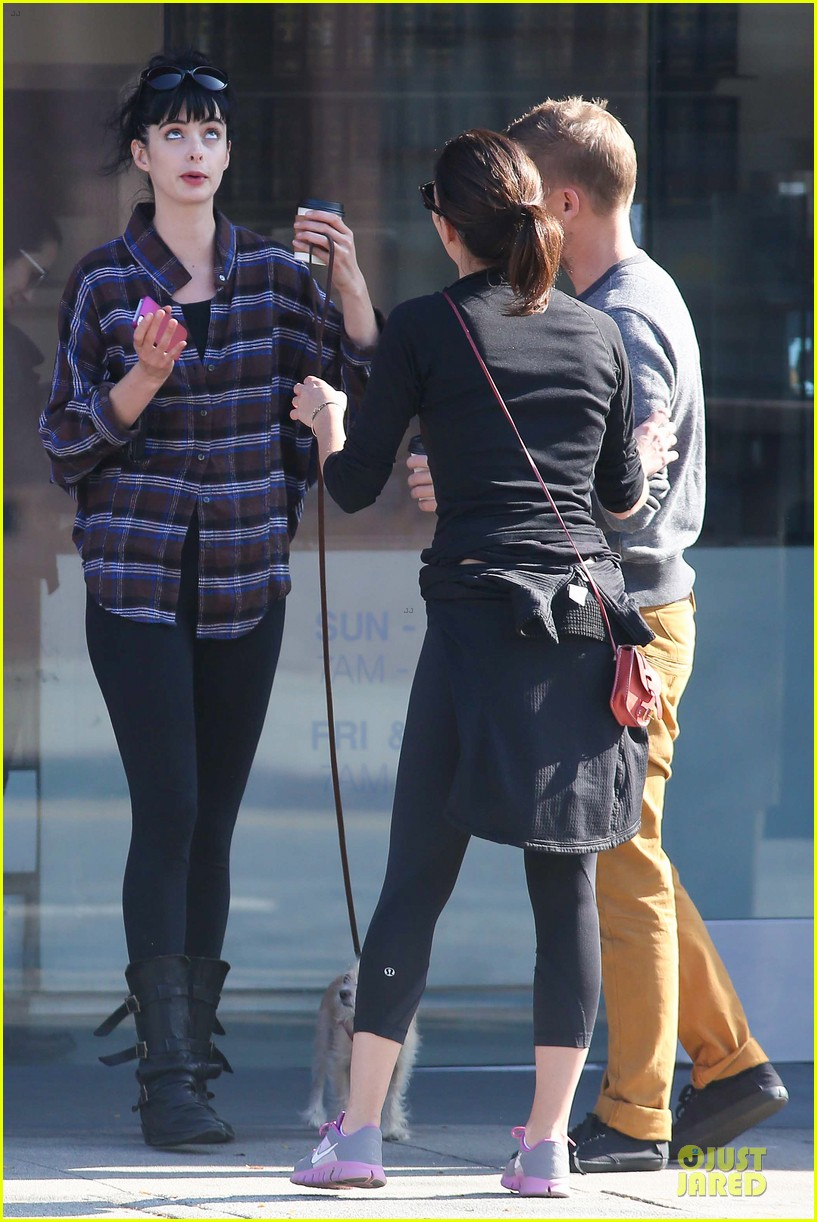 krysten ritter brian geraghty sunday breakfast in silverlake 162764034