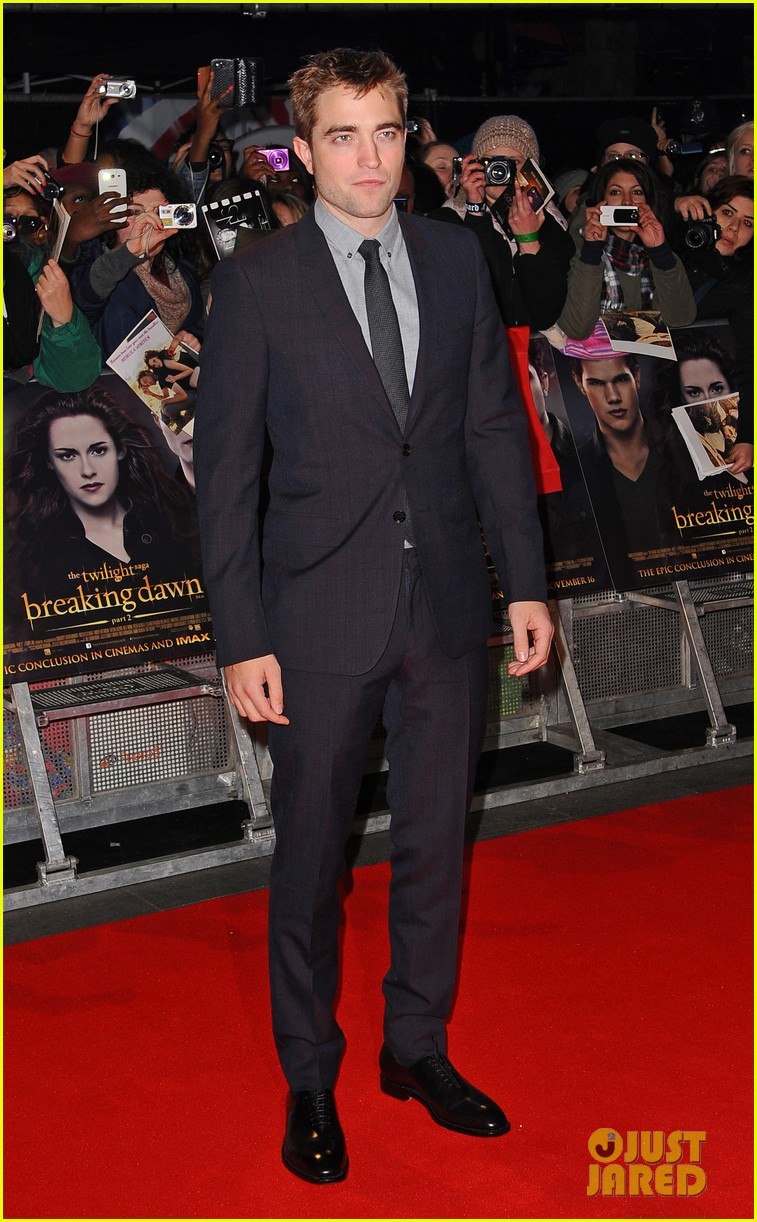 robert pattinson kristen stewart twilight breaking dawn part 2 uk premiere 032757466