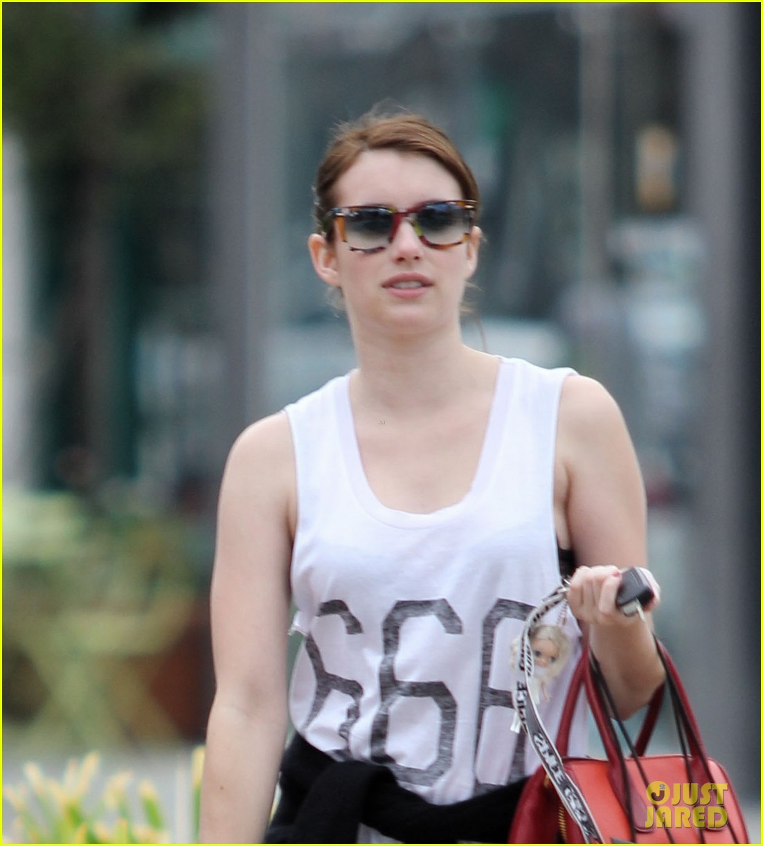 emma roberts 666 t shirt shopping spree 032754231